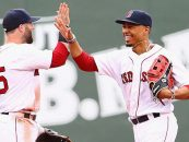 Red Sox Notebook: Mookie Betts Wins Second Straight Gold Glove