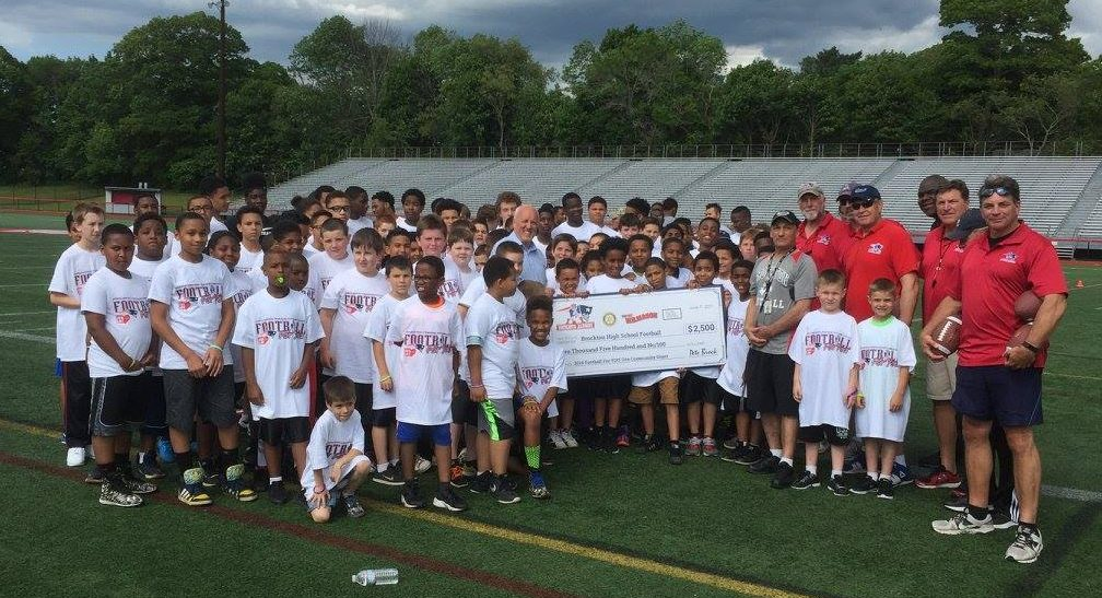 Exclusive: New England Patriots Alumni Club Doing Their Job With Community Mission