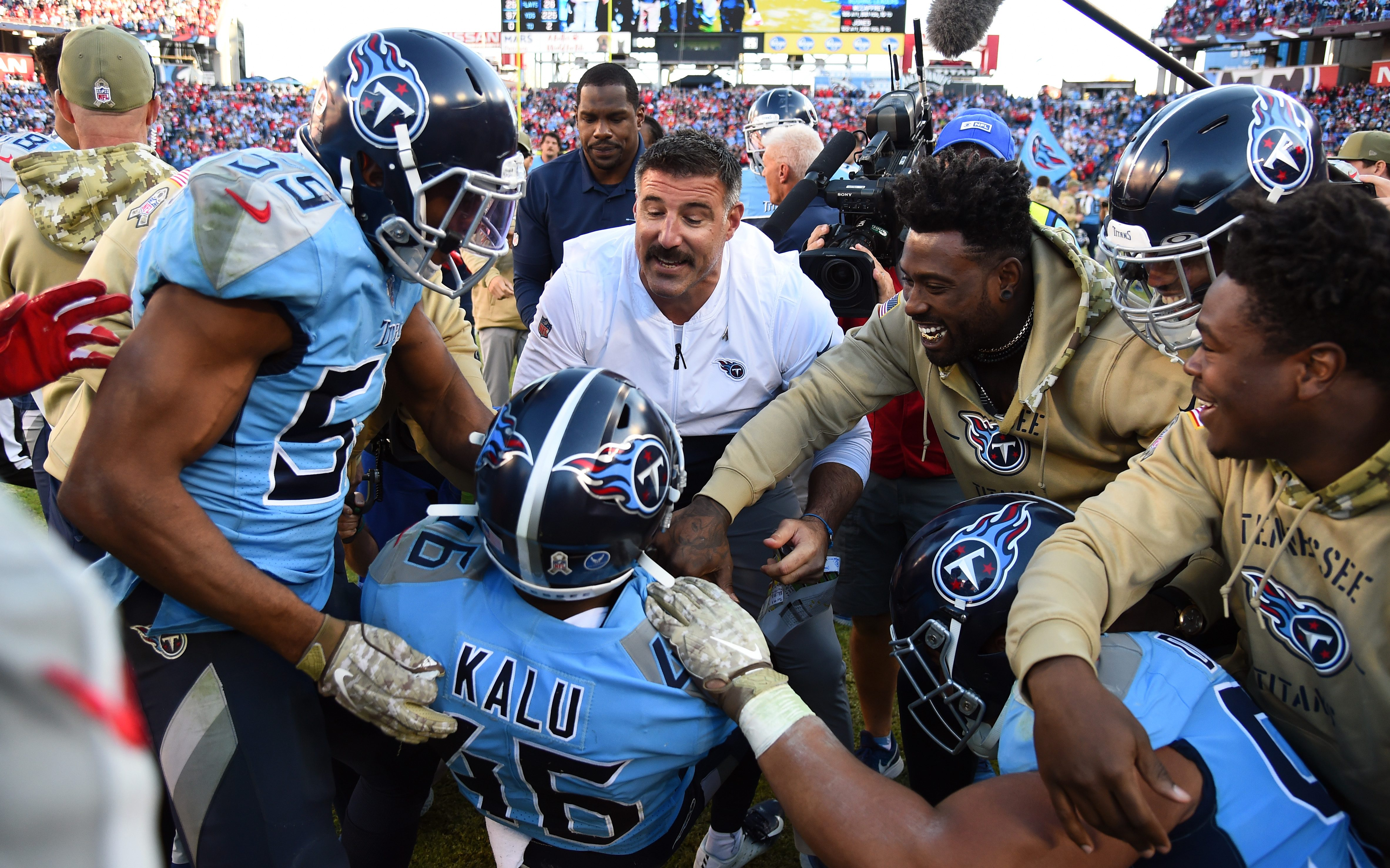 One Win Away: Tennessee Titans Meet Kansas City Chiefs in AFC Championship