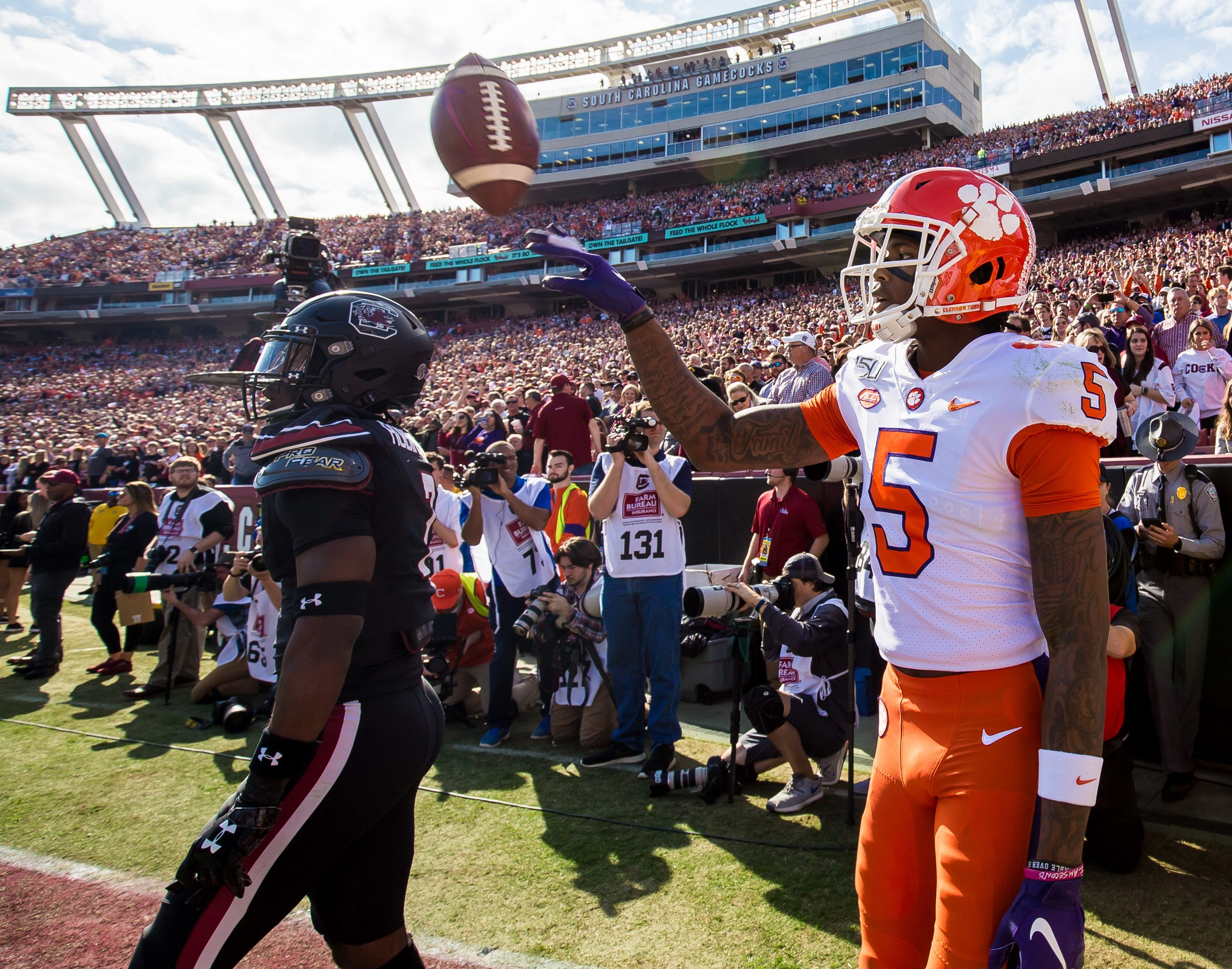 Clemson Tigers Clinch Undefeated Season with Win over South Carolina Gamecocks