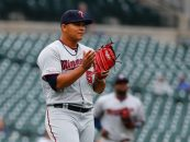 Biggest Risers, Fallers in Newest MLB Pipeline Top 100 Prospects List