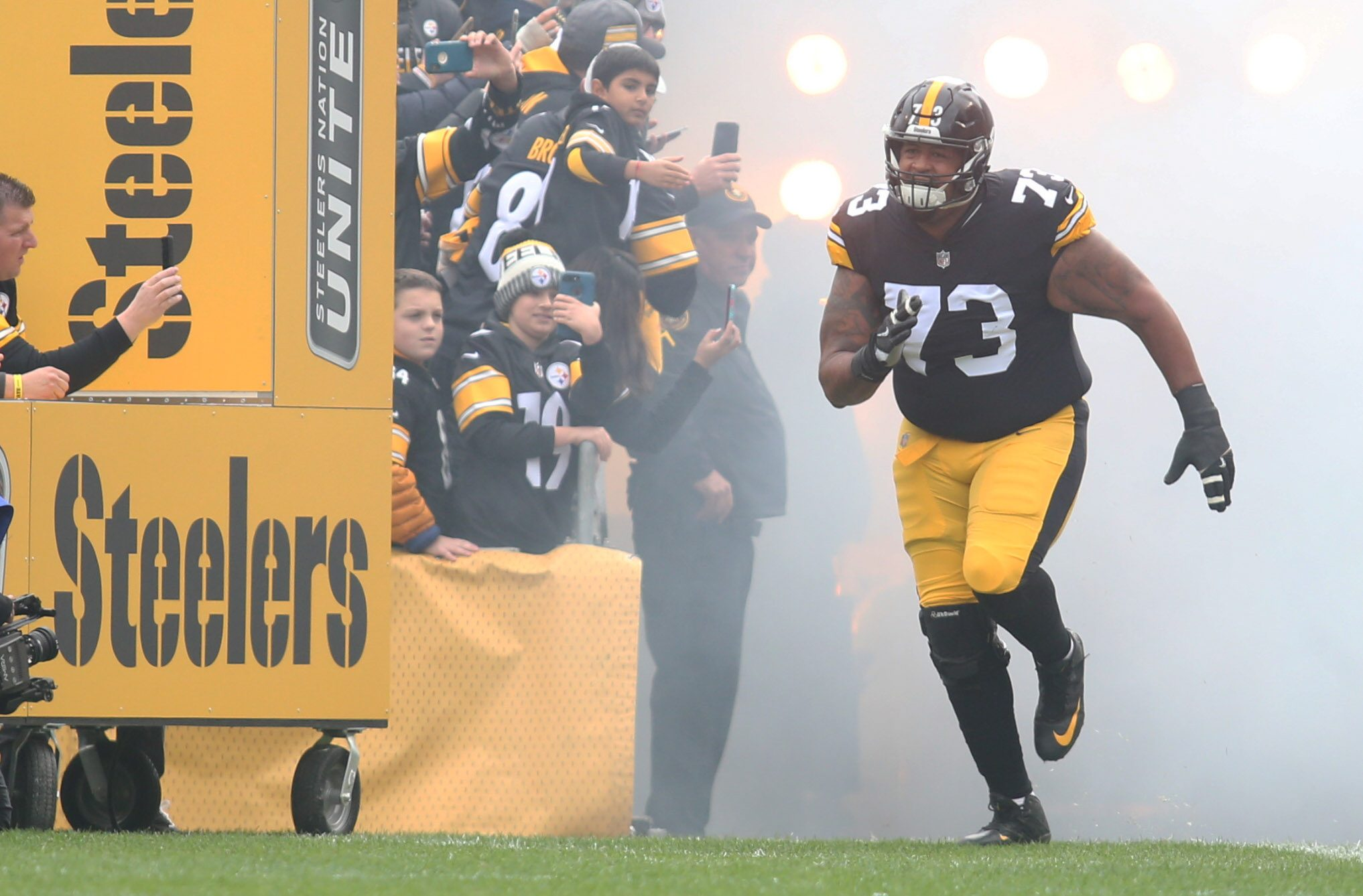 Steelers Guard Ramon Foster Retires from NFL