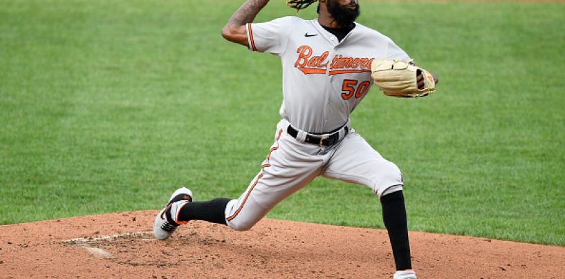 Report: Mets, Orioles Swap Kevin Smith for Miguel Castro