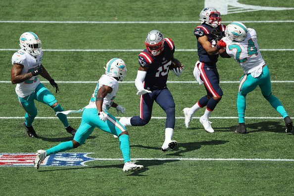 3 Up, 3 Down: Patriots Comfortably Beat Miami Dolphins at Home