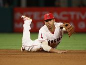 Andrelton Simmons Leaves Angels With 5 Games Remaining
