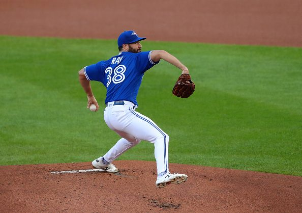Robbie Ray Re-signs with Toronto Blue Jays